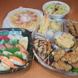 ファミリー浜水セット(3~4人前)お寿司16貫盛り・天ぷら盛り・唐揚げ・ポテトフライ・焼鳥・シーザーサラダ・厚焼き玉子・ピザのお値打ちセットです。