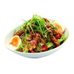 半熟卵とパリパリ海老サラダ